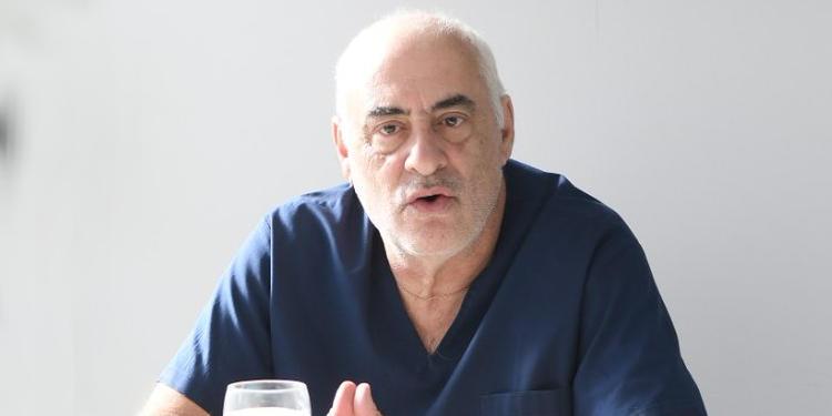 Doctor Jorge Busca vacunacion en Monte Hermoso