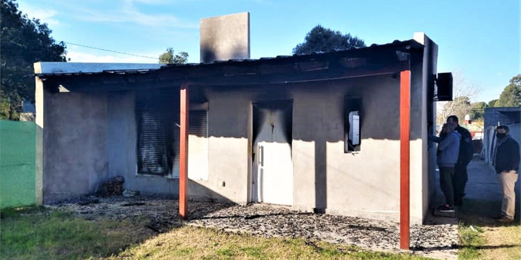 Vivienda de German Aldacour, robada e incendiada el pasado 20 de junio